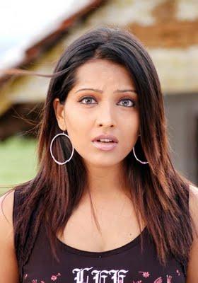 actress-meghna-naidu